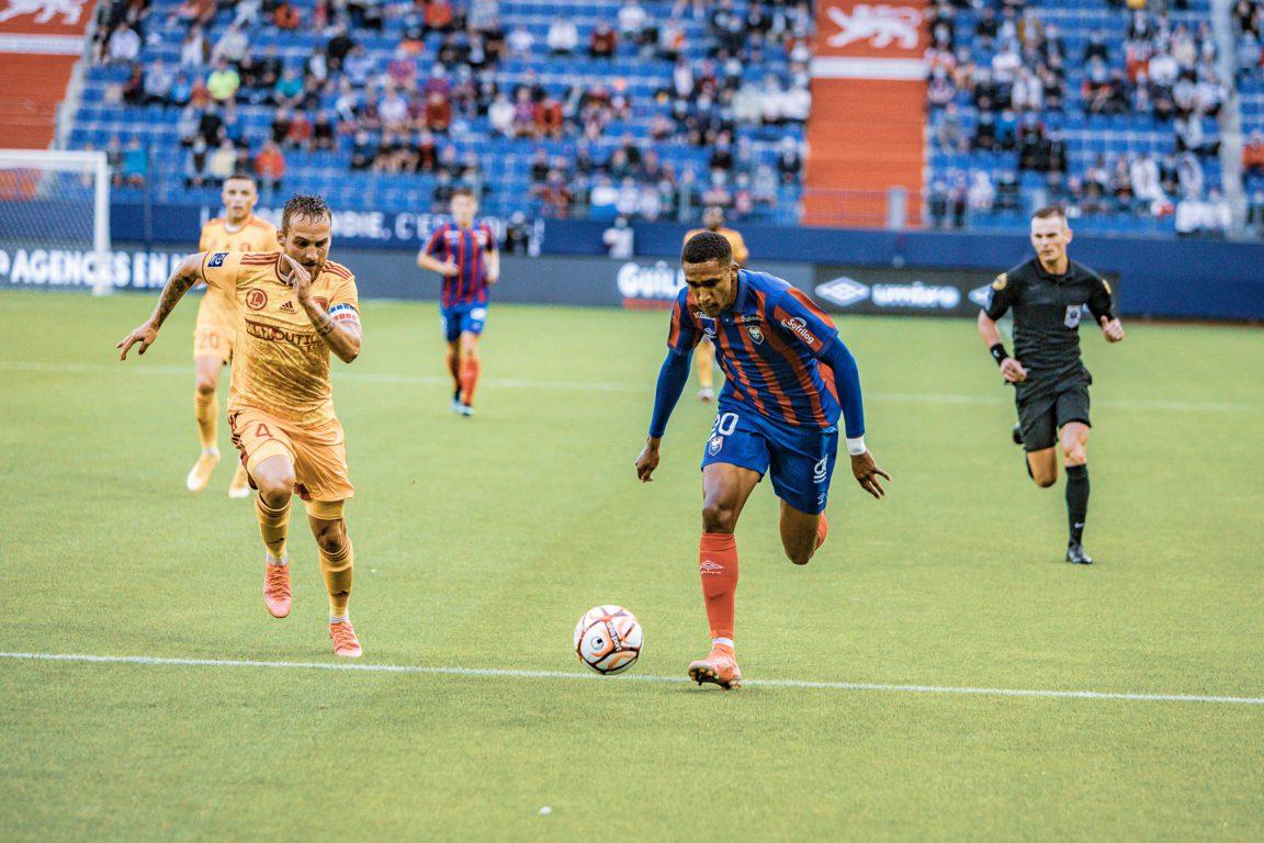 PHOTO 2 Stade malherbe Caen Andreas Hountondji